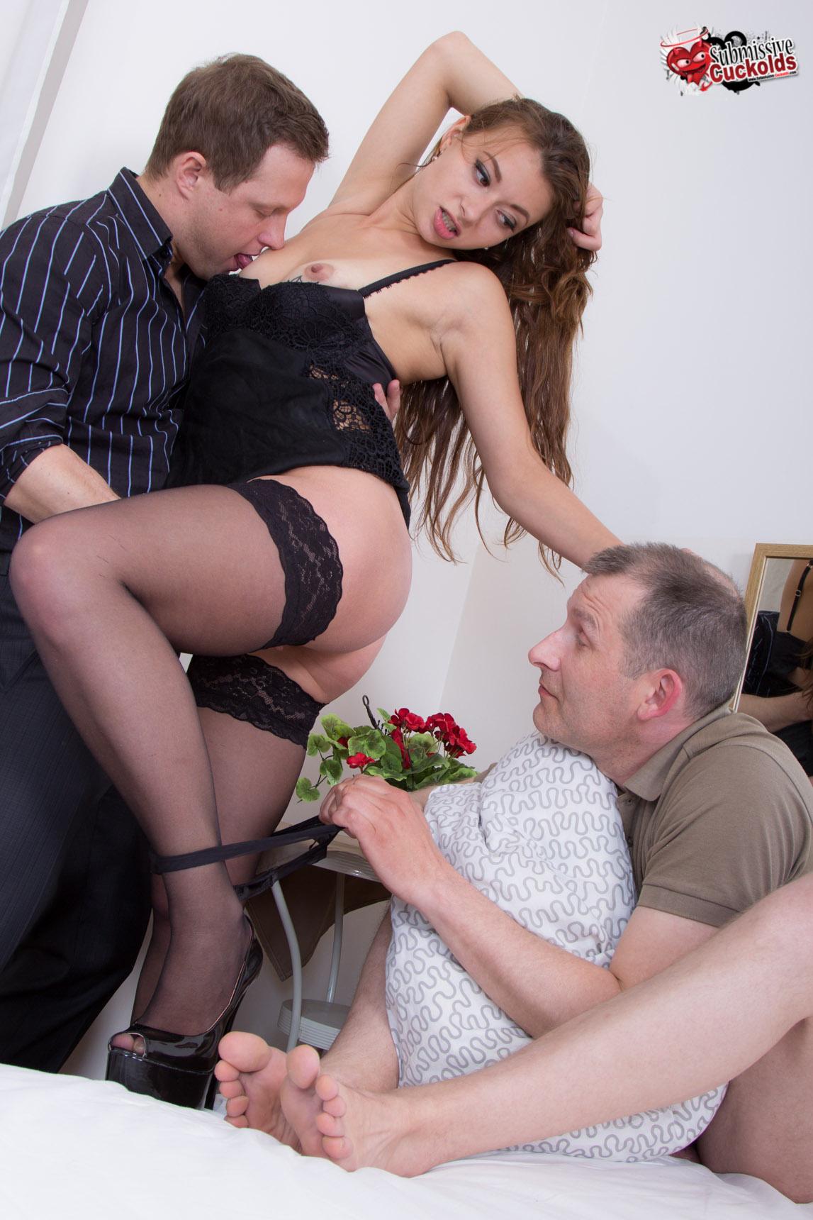 Obese women masturbate positions
